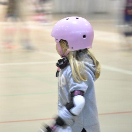 clases-de-patinaje-en-zaragoza-para-niñas